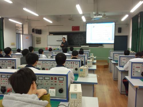 武汉市仪表电子学校电子与信息技术专业(物联