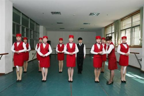 湖北省旅游学校航空服务专业