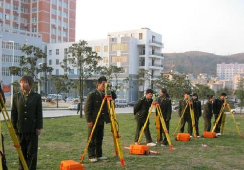 武汉铁路桥梁学校土木工程检测技术专业