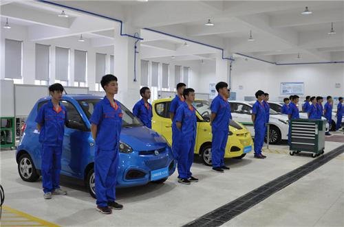武汉铁路桥梁学校新能源汽车专业