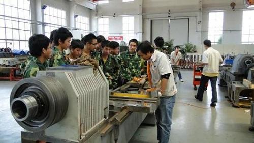 武汉铁路桥梁学校机电设备维修与管理专业