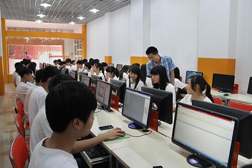 武汉涉外技工学校电子商务专业