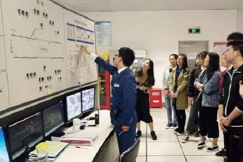 武汉应用科技学校城市轨道交通运营服务