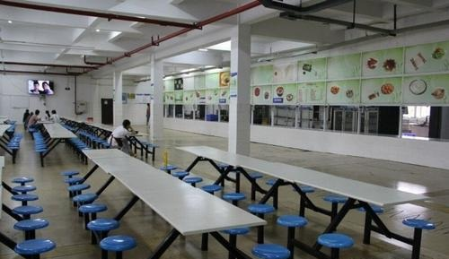 学生食堂1.jpg