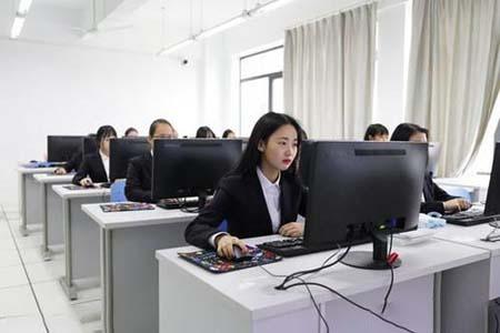 武汉市智工职业技术学校电子商务专业