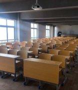 武汉市智工职业技术学校教室环境