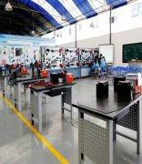 武汉市智工职业技术学校新能源汽车实训室