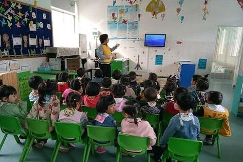 武汉涉外技工学校幼儿教育.jpg